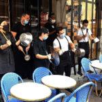 Umih Un concert de casseroles donné par des établissement adhérents de l'Uimh cans le centre-ville de Grenoble. © Joël Kermabon - Place Gre'net