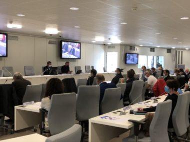 Tensions au Smmag entre Sylvain Laval et le groupe Uma.La salle du Forum où se déroulait l'élection du Smmag © Laure Gicquel - Placegrenet.fr