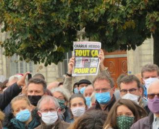 La Une de Charlie après les attentats terroristes pour défendre la liberté d'expression. © Tim Buisson – Place Gre'net