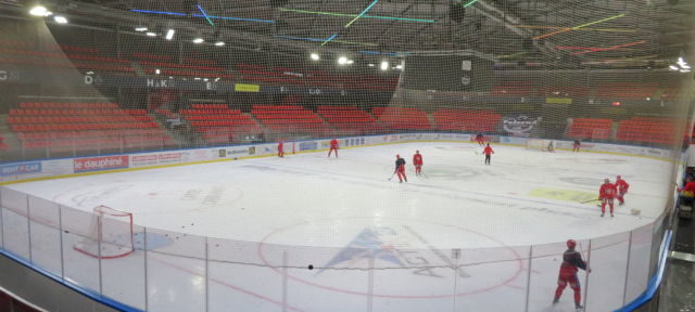 La patinoire Pôle Sud à Grenoble après plusieurs mois de travaux. © Tim Buisson – Place Gre'net