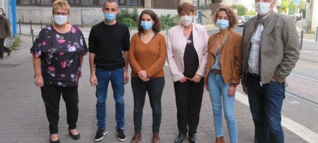 Les élus d'opposition de gauche au département de l'Isère. © Tim Buisson – Place Gre'net