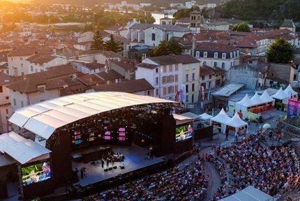 Faute de festival l'été dernier, Jazz à Vienne propose une série de concerts jusqu'en 2021
