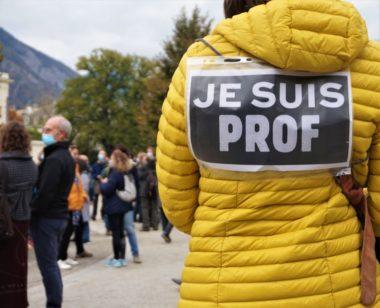 Rassemblement en hommage à Samuel Paty, professeur assassiné le 16 octobre dernier © Simon Mars