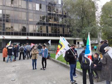 Rassemblement d'enseignants devant le rectorat ce mercredi 14 octobre 2020. © Joël Kermabon - Place Gre'net