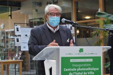 Renzo Sulli pendant l'inauguration de la centrale photovoltaïque © Simon Marseille - Place Gre'net