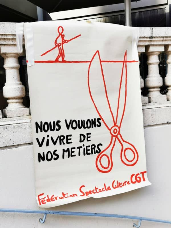 Affiche de la CGT Spectacle lors d'une mobilisation en novembre 2020 à Grenoble © Joël Kermabon - Place Gre'net