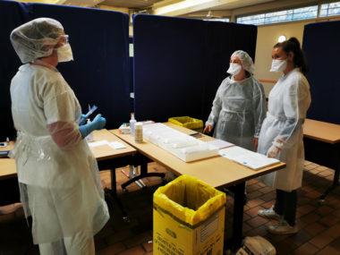 Expérimentation de tests antigéniques à Grenoble. © Joël Kermabon - Place Gre'net