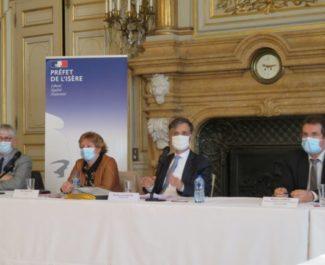Le préfet de l'Isère a préciser les modalités du déconfinement en Isère lors d'une conférence de presse le vendredi 27 novembre 2020. © Tim Buisson – Place Gre'net