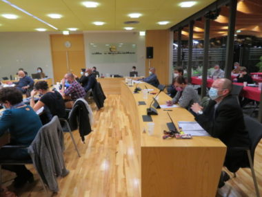 Le conseil municipal d'Echirolles a délibéré pour voter un moratoire sur la 5G. © Tim Buisson – Place Gre'net