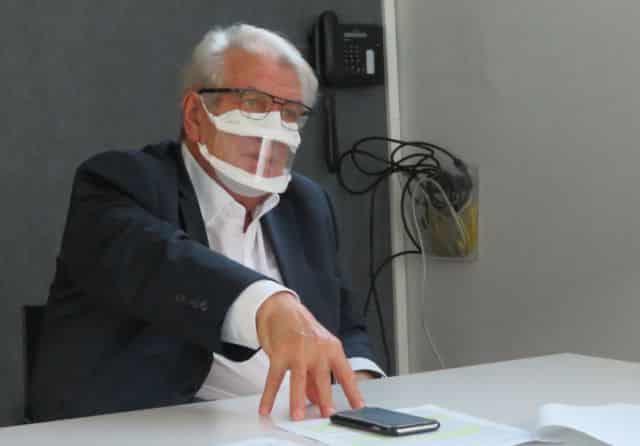 Le maire d'Échirolles Renzo Sulli refuse toute stigmatisation de sa commune après la violente agression au couteau d'un octogénaire © Tim Buisson – Place Gre'net