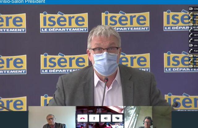 Le Département de l'Isère s'adapte au reconfinement. Jean-Pierre Barbier présente les enjeux du reconfinement via visioconférence © Capture d'écran