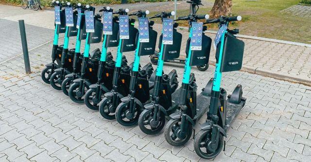 Tier Mobility et ses trottinettes sont partenaires de la nouvelle offre de lAssistant SNCF © Tier Mobility - Facebook