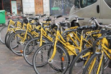 Des Métro Vélos. © Louna Rabillard - placegrenet.fr
