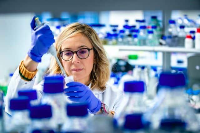 Montserrat Soler López, responsable de la recherche sur la maladie d'Alzheimer au Synchrotron de Grenoble © ESRF