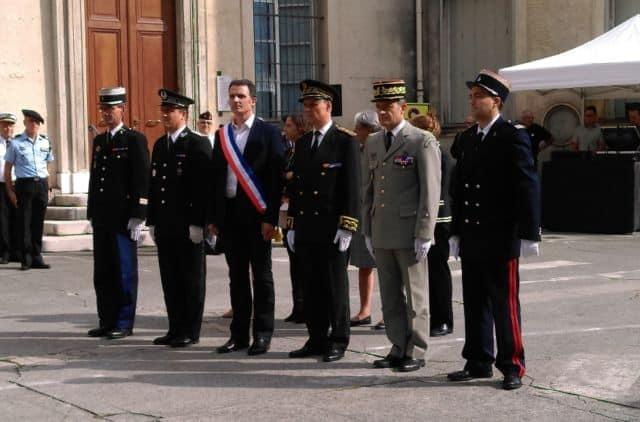 Éric Piolle aux côtés de Lionel Beffre lors de la cérémonie de commémoration des 75 ans de la libération de Grenoble © Florent Mathieu - Place Gre'net