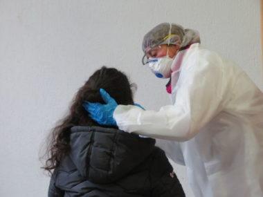 L'Académie de Grenoble a mis en place un centre de test à destination du personnel éducatif. © Tim Buisson – Place Gre'net