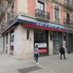 L'ancien bar café Le France pourrait devenir un KFC. © Tim Buisson – Place Gre'net