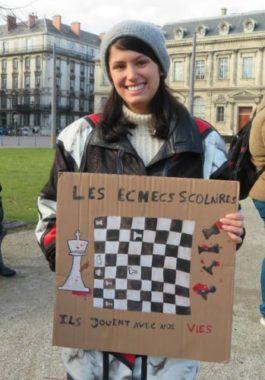 Laya, étudiante en première année de lettres modernes à Grenoble. © Tim Buisson – Place Gre'net