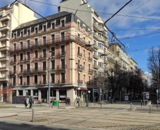 La ville de Grenoble s'oppose à l'installation d'un KFC dans l'ancien café Le France