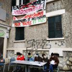 Des places d'hébergement pérennes pour les squatteurs de l'Abbaye. Conférence de presse des occupants de l'Abbaye ce mercredi 10 février 2021. © Joël Kermabon - Place Gre'net