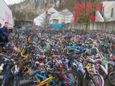 Cycles & Co à Fontaine a récupéré 1 000 vélos en 2020. © Tim Buisson – Place Gre'net