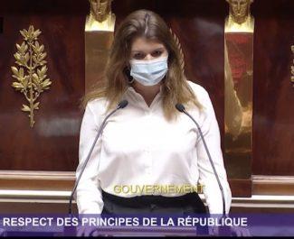 A Grenoble, la Métropole rejette la charte de la laïcité. Laquelle fait ses débuts à l'Assemblée nationale sous forme de contrat d'engagement.