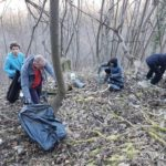 """Les forêts sont devenues des """"poubelles dégueulasses"""", dénonce une association iséroise"""