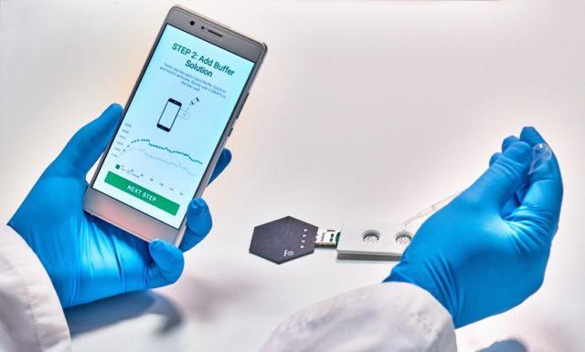 Grapheal a développé un prototype de test de dépistage de virus salivaire numérique © Grapheal