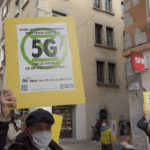 Action choc d'Extinction Rebellion contre le 5G. © Joël Kermabon - Place Gre'net