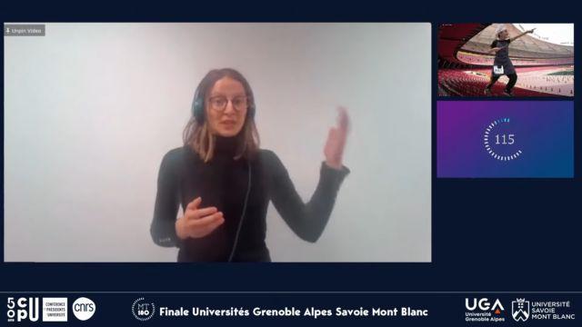 Clara Aimar présente le sujet de sa thèse en 180 secondes, une prestation qui la propulse en finale nationale © MT180