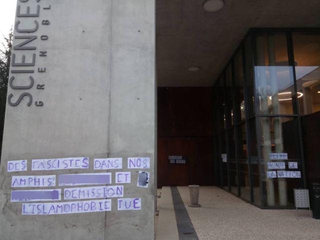 """Les noms de deux professeurs de Sciences Po Grenoble accusés d'""""islamophobie"""" avaient été affichés sur un mur de l'école."""
