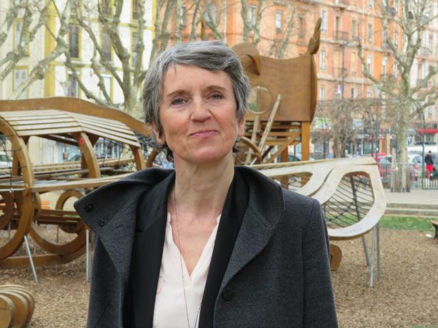 Les Écologistes souhaitent une union de la gauche derrière la tête de liste Fabienne Grébert. © Tim Buisson – Place Gre'net