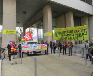 Manifestation pour la gratutié des transports le 20 mars 2021. © Tim Buisson – Place Gre'net