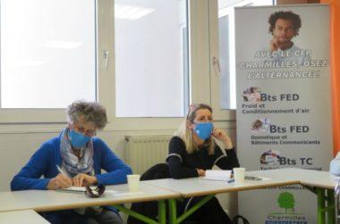 Catherine Bolze et Nathalie Béranger, conseillères régionale Les Républicains. © Tim Buisson – Place Gre'net