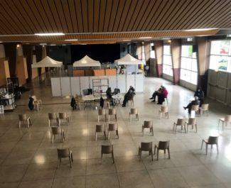 Le centre de vaccination d'Eybens emménage à la salle des fêtes pour augmenter sa capacité