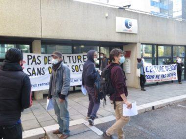 Assurance chômage : action choc devant Pôle emploi à Grenoble. Les syndicats craignent une augmentation de la précarité avec la réforme de l'assurance chômage. Photo DR