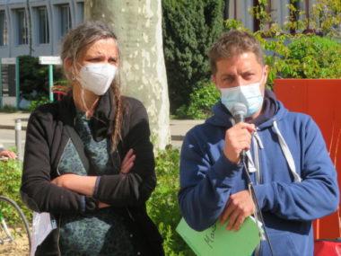 Dominique et Gaspard chargés de présenter le rapport. © Tim Buisson – Place Gre'net