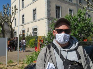 Baptiste, membre de la CGT et de l'Assemblée générale du travail social en lutte. © Tim Buisson – Place Gre'net