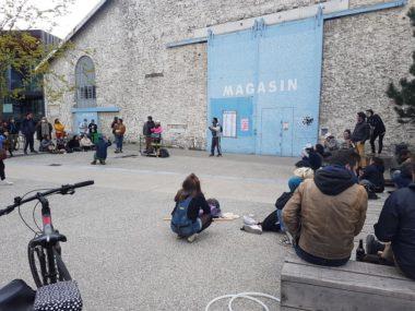 Le collectif La supérette devant le Magasin des horizons, dimanche 18 avril 2021 © Séverine Cattiaux - Place Gre'net
