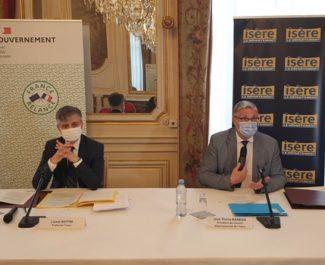 Préfecture et Département de l'Isère signent un accord départemental de relance