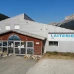 Devanture de la laiterie du Mont-Aiguille à Clelles
