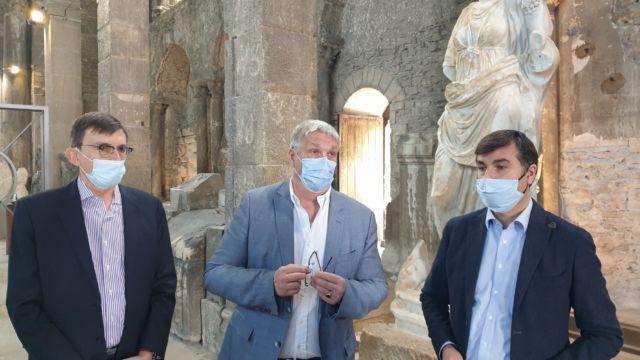 Patrick Curtaud, vice-président du Département à la Culture, Jean-Pierre Barbier et Thierry Kovacs annoncent la création d'un douzième musée départemental à Vienne © Département de l'Isère