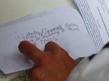 Une des lettres envoyée au Président de la République. © Tim Buisson – Place Gre'net