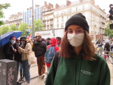 Maya, étudiante au lycée Stendhal de Grenoble. © Tim Buisson – Place Gre'net