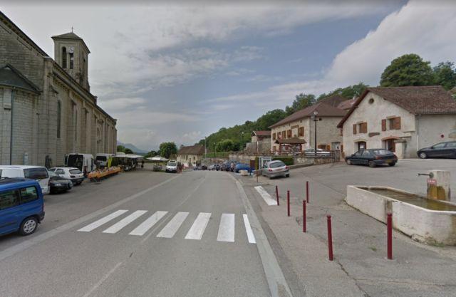 Le village de Miribel-les-Échelles, dont le maire William Dufour était pris à partie par un groupe de jeunes en juillet 2020 © Google Maps
