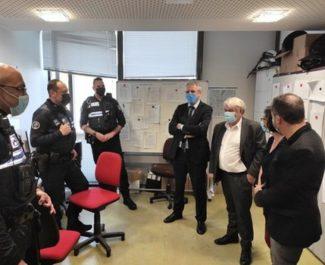 Vidéosurveillance : Saint-Martin-d'Hères et Échirolles resignent. La Région à Saint-Martin-d'Hères et Échirolles pour des visites sur le thème de la vidéosurveillance