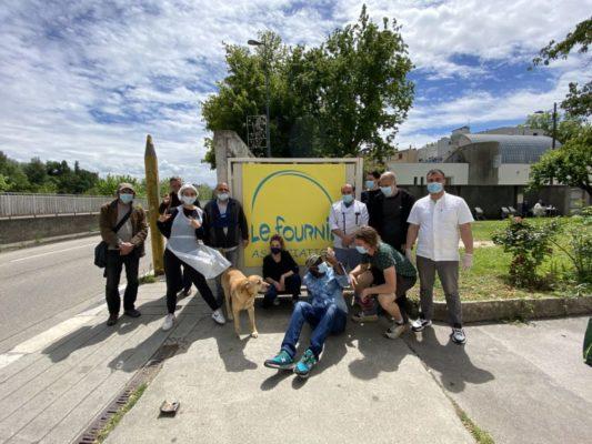 L'équipe du Fournil compte, en plus de ses salariés, une quinzaine de bénévoles actifs. © Sarah Krakovitch – Place Gre'net