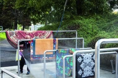 Un lavoir à tapis public inauguré dans le quartier Villeneuve