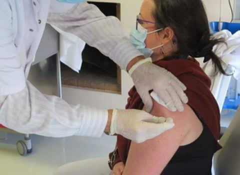 Covid : Le Chuga propose des injections sans rendez-vous