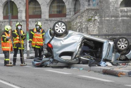 Accident Pont de Chartreuse à Grenoble, le 18 avril 2021. © Antoine Girardier - Place Gre'net